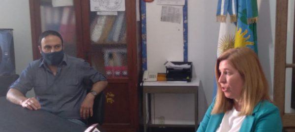 Capriroli y Zabala durante el encuentro con la prensa local